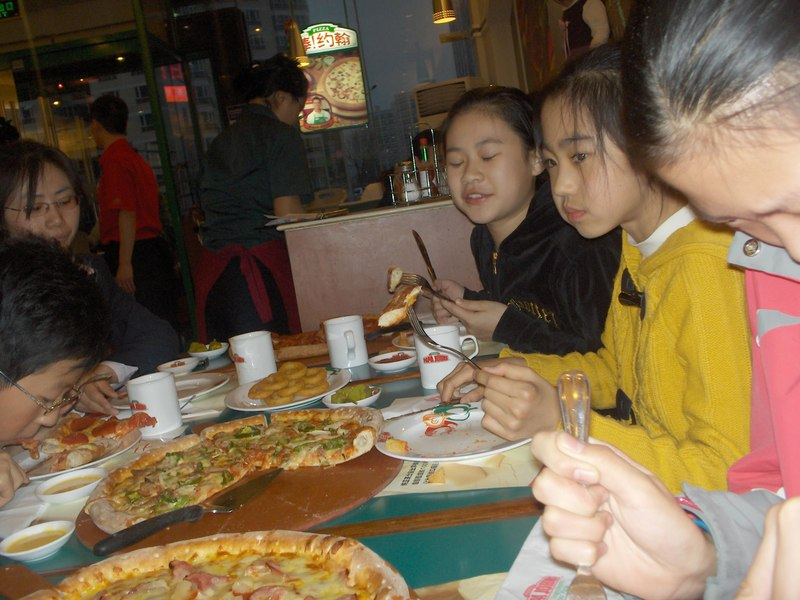 Fun_and_pizza_and_ktv_052