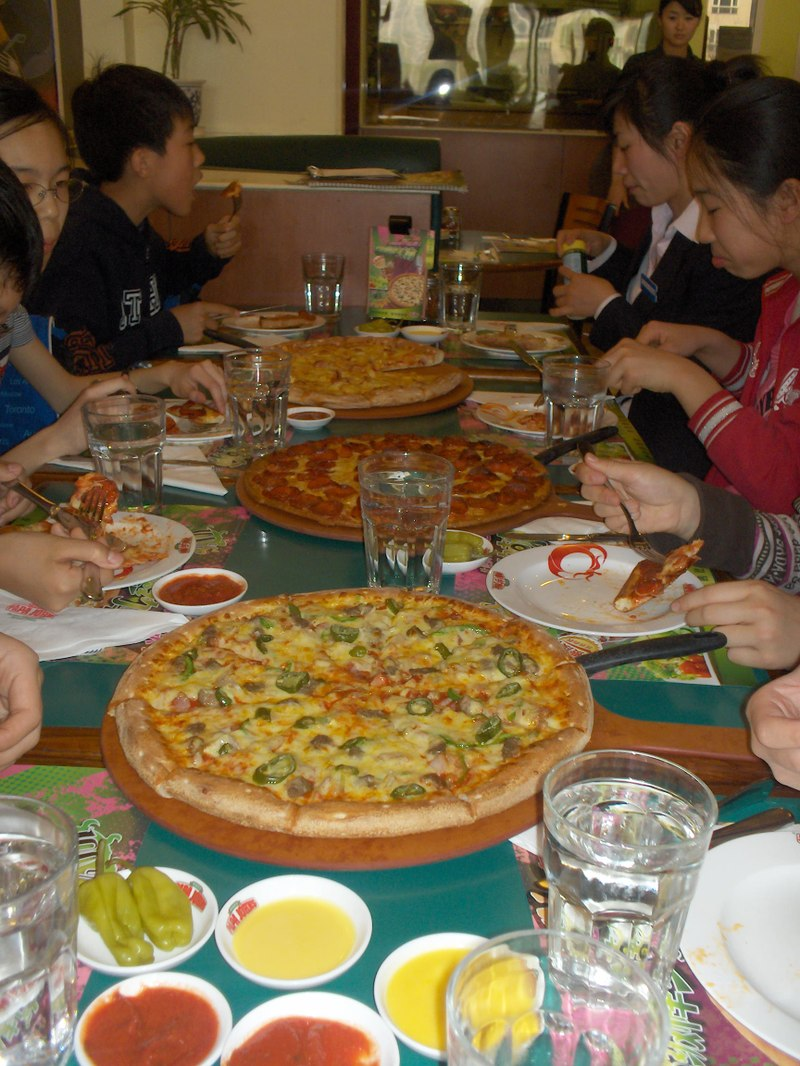 Tb3a2_pizza_party_009
