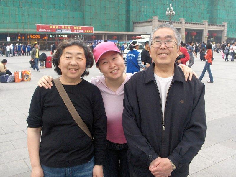 Tracys_parents_return_022